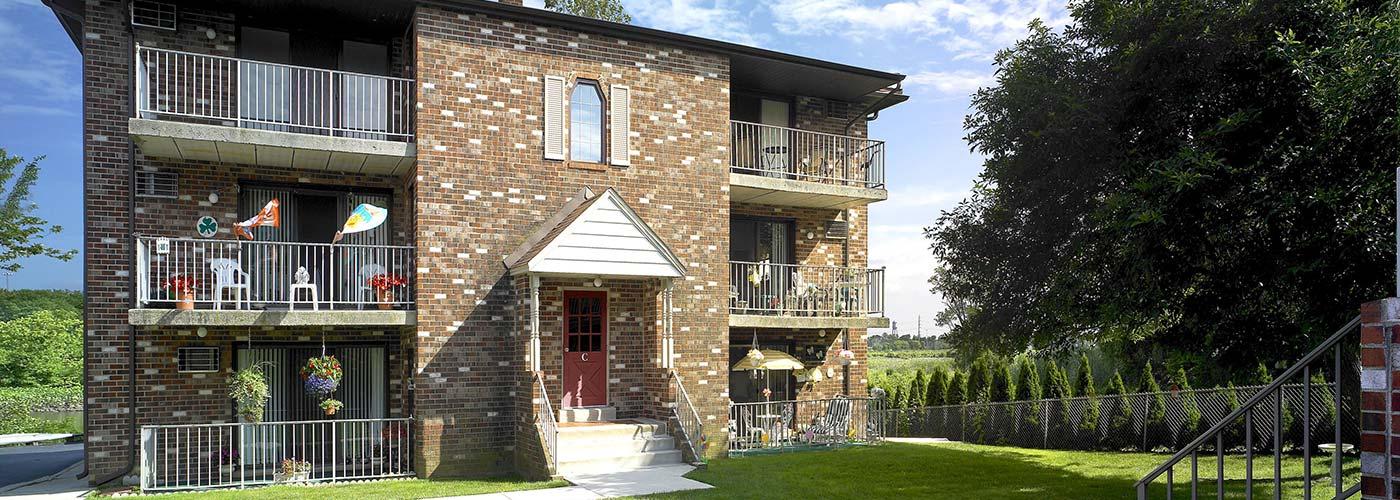 Edgewater Apartments building exterior