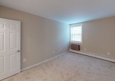 Chestnut House Apartments unfurnished bedroom
