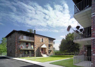 Edgewater Apartments exterior property