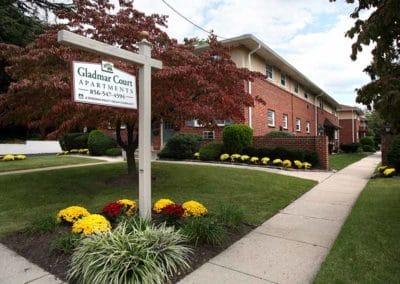 Gladmar Court Apartments exterior sign