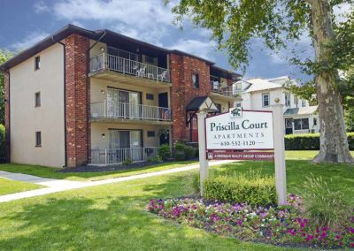 Priscilla-Court-Apartments-01