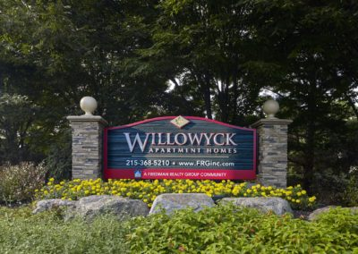 Willowyck Apartments property sign