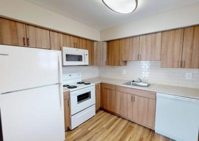 Edgewater Apartments kitchen