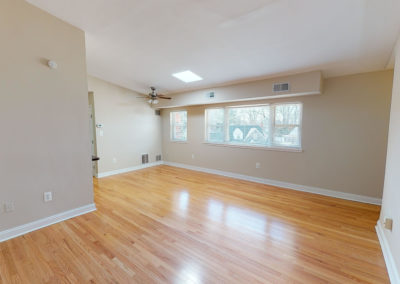Springfield Valley Apartments 2 bedroom living space