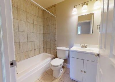 Springfield Valley Apartments 2 bedroom bathroom
