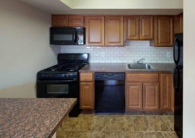 Springfield Valley Apartments 2 bedroom kitchen